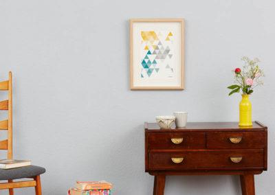 geometrisches Poster minimalistisches Poster Dreiecke Martinesk petrol gelb grau A4 Wand